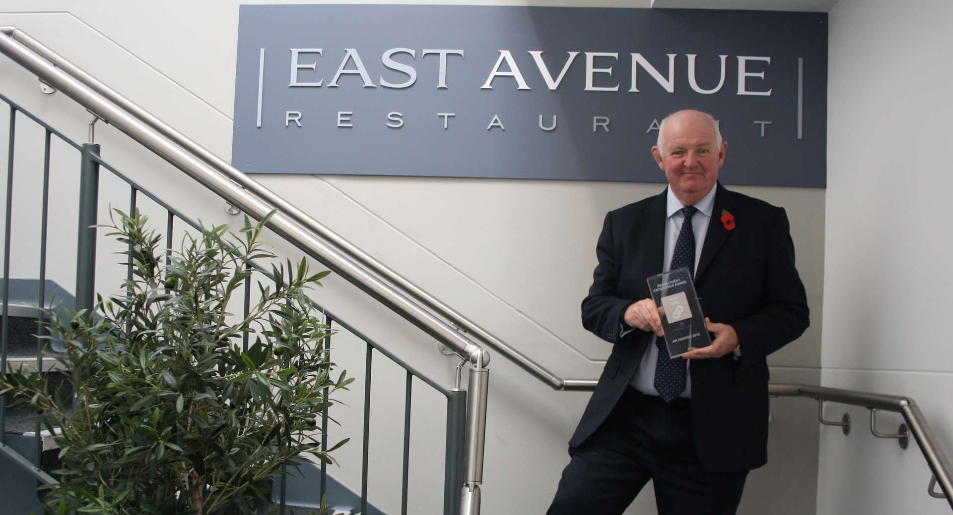 Holiday Inn wins prestigious award for partnership with Eastleigh College